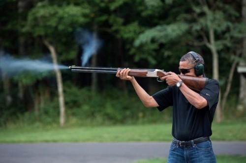 obama y su rifle